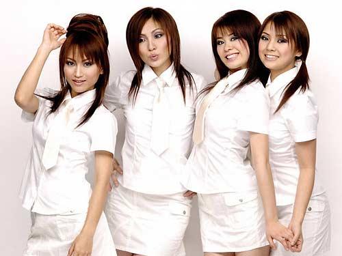 SHANADOO (l to r) - Junko, Manami, Marina and Chika
