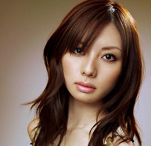 http://jpop4u.files.wordpress.com/2007/09/takasugi_satomi.jpg